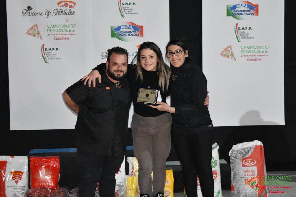 Raccolta Fotografica del Campionato Regionale di Pizza e delle Eccellenze Calabresi.